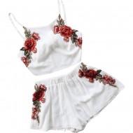 Conjunto branco com bordado de rosas vermelhas Ref 2371