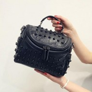 Bolsa de couro preta com spikes Ref 1175