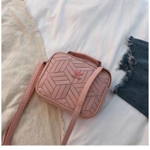 Bolsa feminina com alça ombro Ref 2950