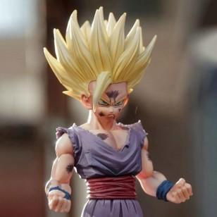 Boneco Son Gohan Dragon Ball Z estatueta de 20 cm Ref 2730