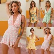 Macaquinho vestuário feminino floral decote V Ref 2996