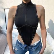 Body Anita asa delta preto com zíper e gola alta sexy Ref 2296