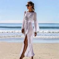 Vestido de crochê manga flare e fenda Ref 387