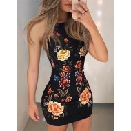 Vestido Rafa preto floral gola chocker Ref 1511