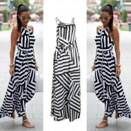 Vestido longo com estampa geométrica preto e branco Ref 1721
