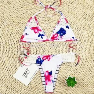 Biquíni floral com crochê Ref 134