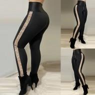 Calça feminina hot pants cintura alta com zíper Ref 3271